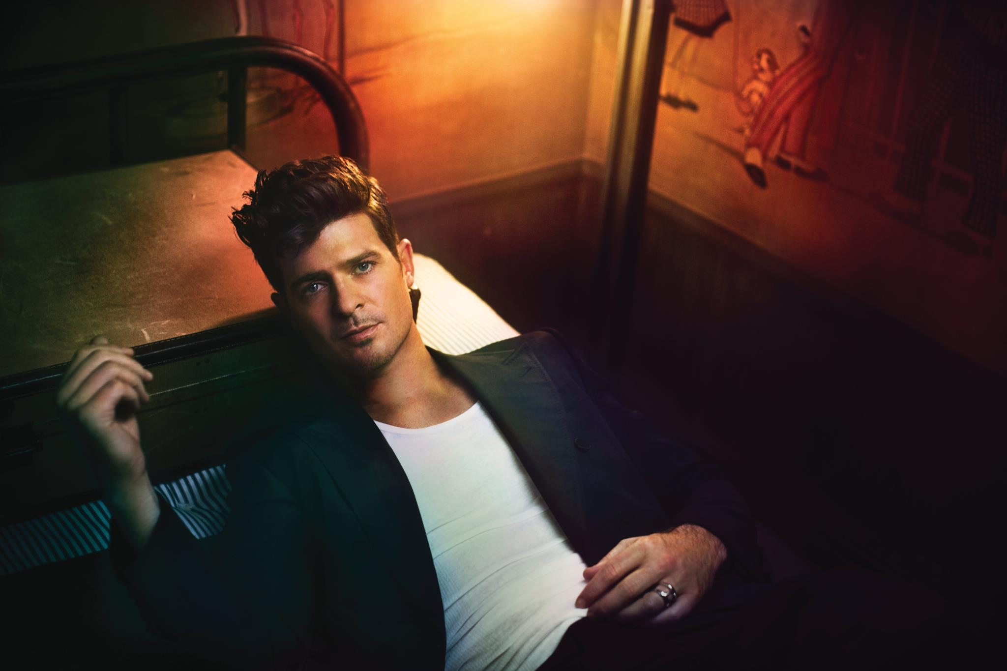 Robin Thicke Arrested For Marijuana In Manhattan, NYC