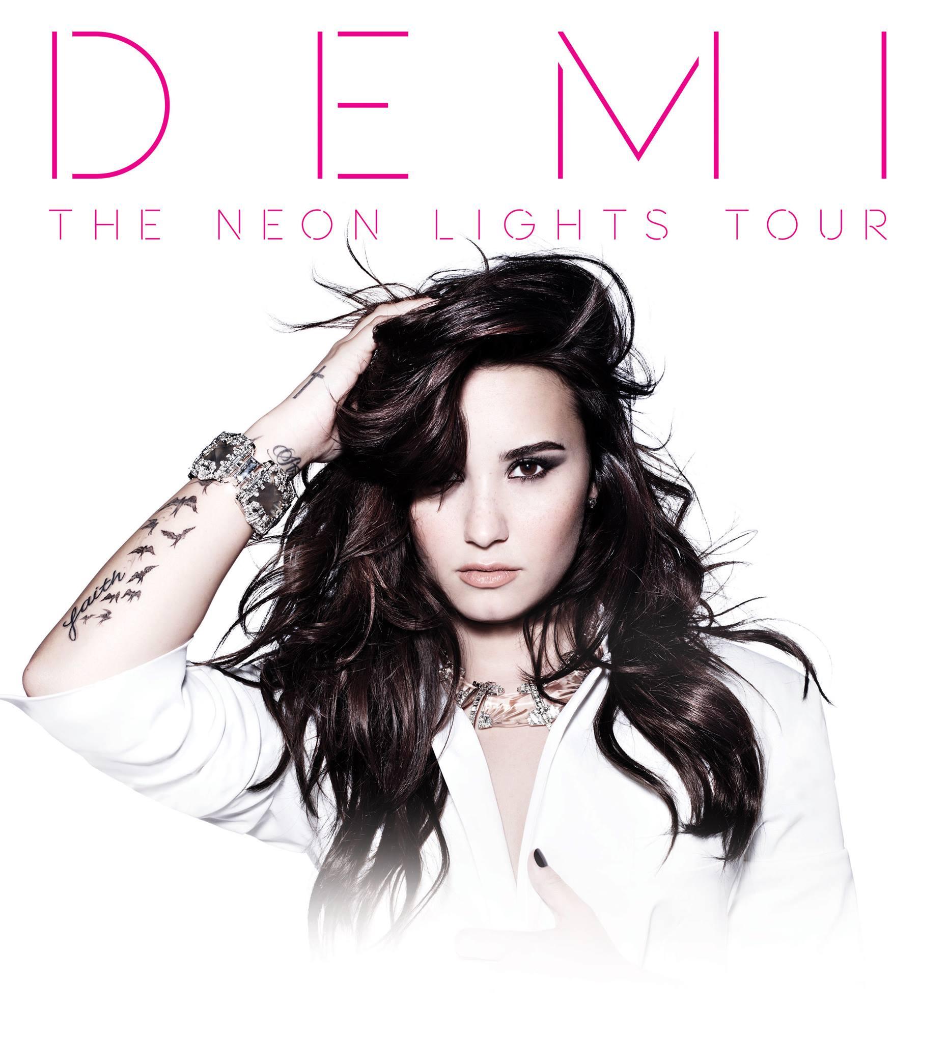 Demi Lovato | Urbanboss