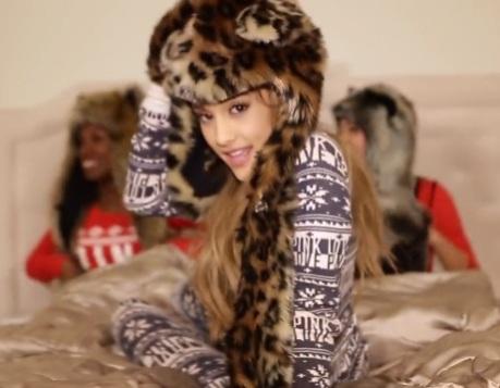 Ariana-Grande-Santa-Tell-Me-Video